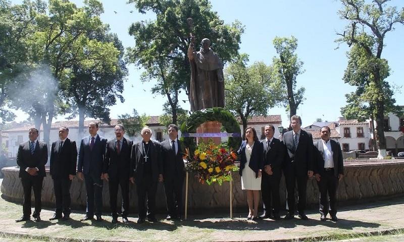 homenaje-a-don-vasco-de-quiroga-patzcuaro