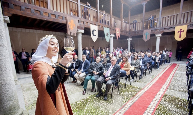 madrigal-homenaje-reina